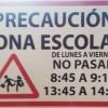 SEÑALIZACIÓN CALLE ESCUELAS, EVITAR CIRCULACIÓN EN TRAMO HORARIO